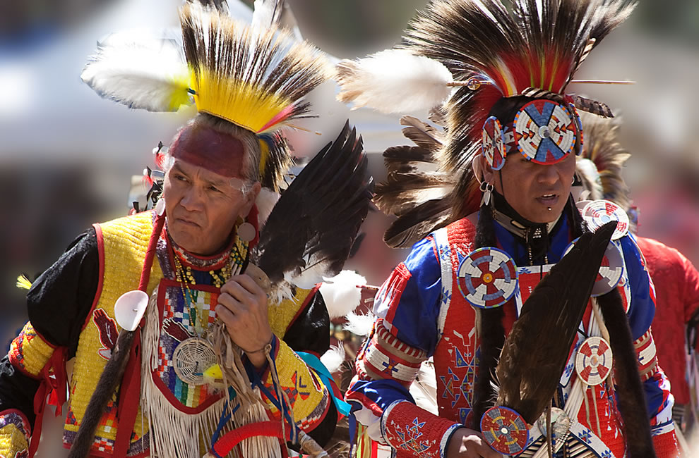2 Braves dancing at the Stanford Pow Wow