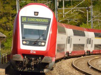 train 1054874 1920