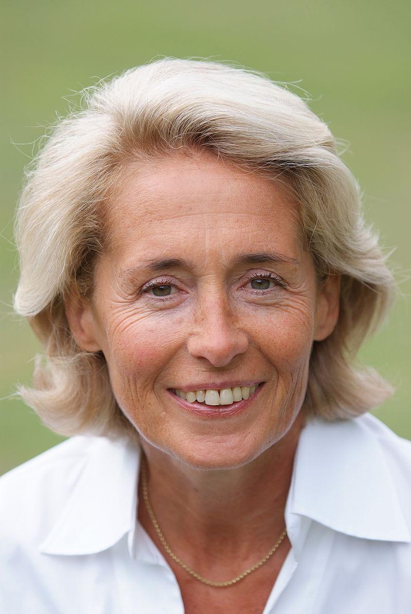 Caroline Cayeux