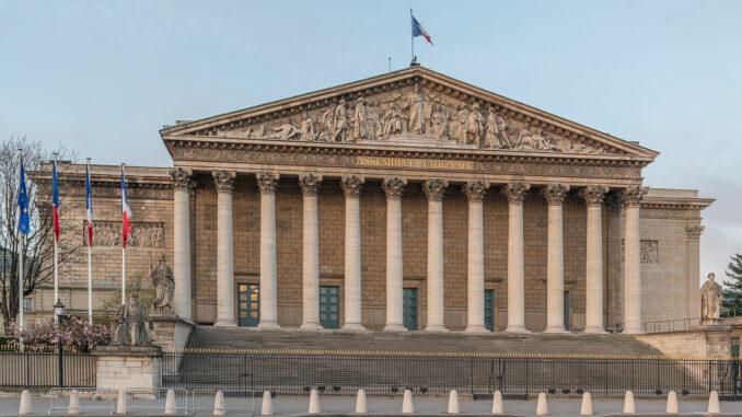Palais Bourbon Paris 7e NW View 140402 1